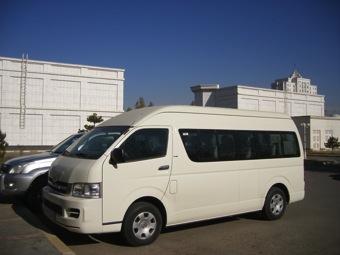 3 services transportation toyota minibus