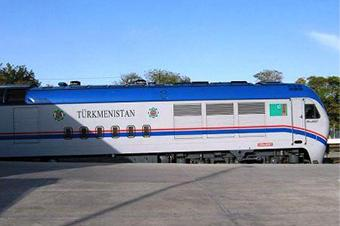 Turkmenistan-railways-train2