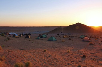 3-services-accommodation-camp-set-up